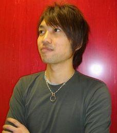 田部井 康弘