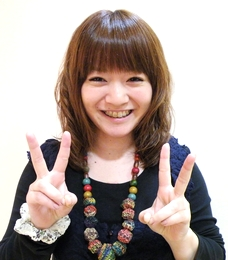 青井 英子